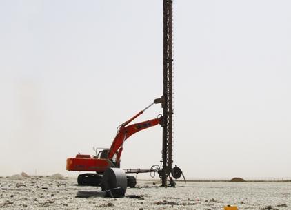 نظارت بر عملیات پیش بارگذاری و تحکیم بستر پروژه احداث انبار نفت ماهشهر
