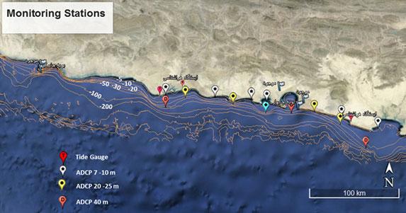 محل دستگاه های اندازه گیری پارامترهای جوی-اقیانوسی پروژه پایش و مطالعات شبیه سازی سواحل مکران (نقطه آبی رنگ، محل نصب احتمالی به روش معلق در عمق 40 متری در نزدیکی پزم در آینده نزدیک است)
