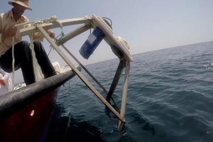 پیاده کردن دستگاه اندازه گیری موج و جریان جهت نصب در عمق 25 متری