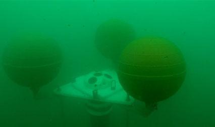 نصب موفق دستگاههاي معلق در عمق 40 متری