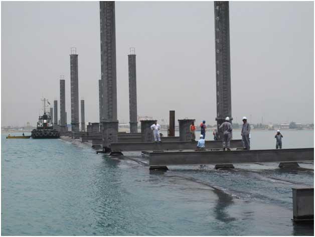 نصب خط لوله دریایی آبگیر پالایشگاه میعانات گازی ستاره خلیج فارس توسط مهندسین مشاور